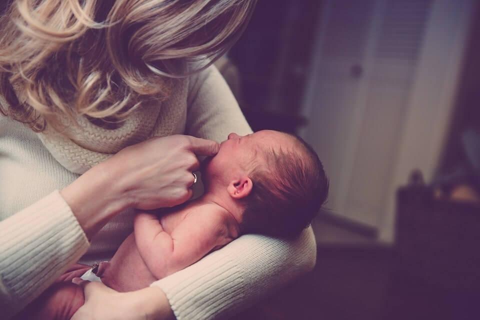 matka z maluszkiem