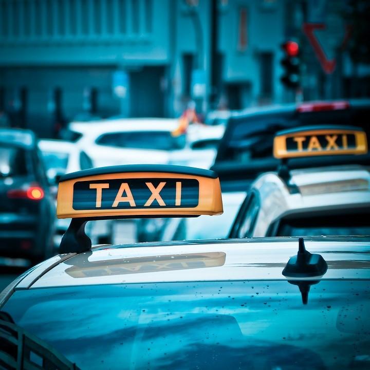 Koszt transportu miejskiego oraz przejazdów pomiędzy miastami w Czarnogórze