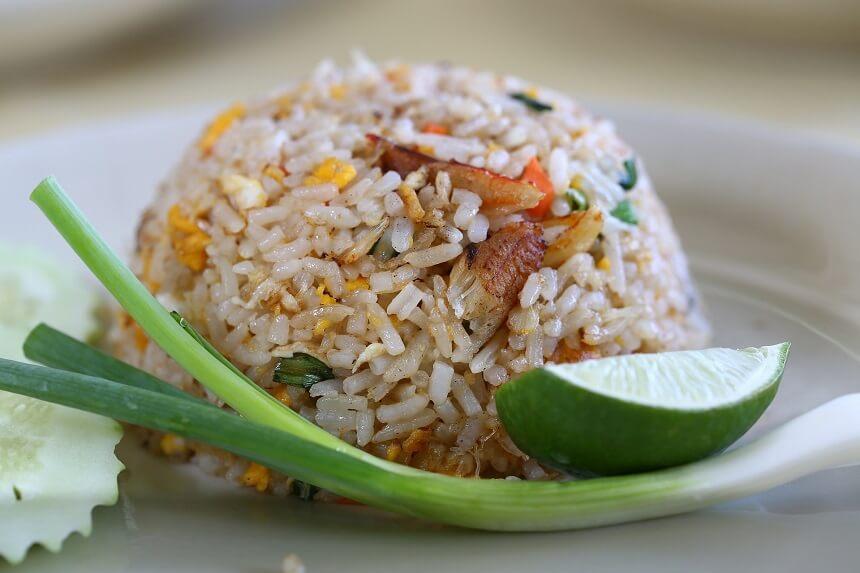 Koszty wyżywienia w restauracjach w Tajlandii